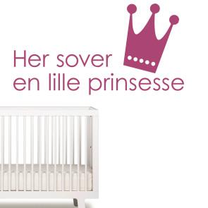 Her sover en lille prinsesse, Wallsticker til piger - Pigeværelse - Prinsesseværelse - Wallsticker til en prinsesse - Prinsesse wallsticker