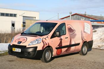 Denne vogn er blevet totalindpakket som en gris. Bestil din egen totalindpakning her